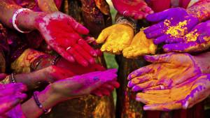 inde-fete-poudre-holi-couleurs